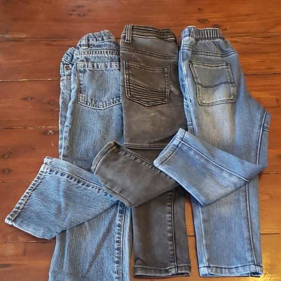 3 pairs of denim jeans